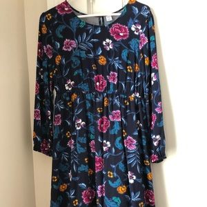 Long Sleeve Blue Floral Maternity  Size M